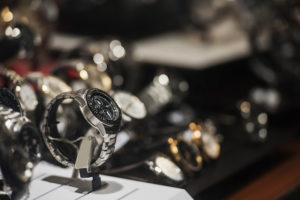 ワンズハートでは生前整理で腕時計があれば買取いたします